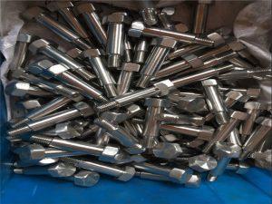 OEM Нестандартные стальные автомобильные крепежи для продажи