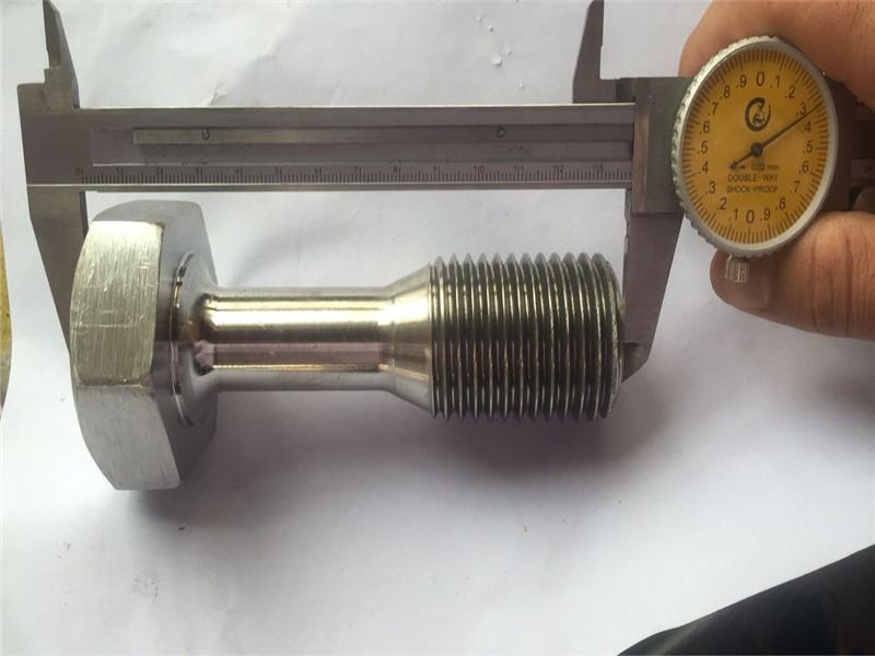изготовленный на заказ cnc повернул крепежный винт точности деталей подвергая механической обработке